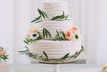 Flowery Wedding Cakes