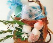 Basketry handmade using sea kelp on etsy / handmade, unique, designs from woven to handstitched using eco-friendly bull whip sea kelp wall hanging baskets and men and women's gift baskets customized with handmade bath and spa set with handmade cards. Christmas style beachy look coastal natural sandy tones, flowery, seashells, ribbon or lacey style home table coastal decor or wall decor listed on etsy shop coastalartdesigns and madefromtheocean