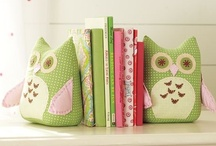 I <3 Owls / by Crystal Bannon