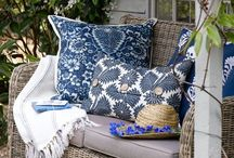 decor - pillows & throws / by Brandy Dotts
