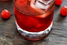 Drinks / by Veronica Spotts