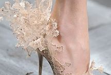 Valentino Lace'n Dreams