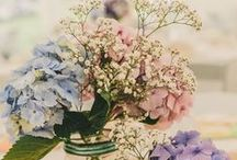 Spring Flower Inspiration / Pastel colors and classic spring floral inspiration