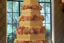 Cakes / by Suzzy