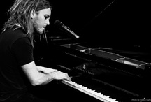Tim Minchin (genius) / I'm slightly obsessed with his talent and he makes me laugh so much. An amazing comedian, musician and writer - what a combination