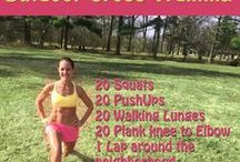 Outdoor Workouts / Outdoor workouts you can do at home while the kids play! All workouts are mom and time-friendly!