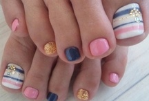 Nail Designs I Love / by Amber Cookerly