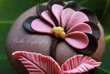 Cupcakes / by Patti Umlauf