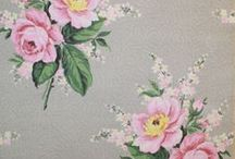 LoVeRLY WaLLpApEr / by Vintage Mama