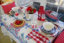 DiNiNG  / by VinTaGe MaMa