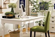 Workspaces, Bookcases / Work areas, craft areas, libraries, home offices, bookcases.  / by Teee Geee