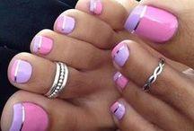 { Nails & Toes }