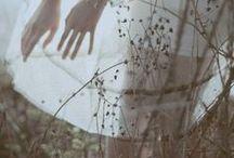 ephemeral / pretty girls | flower crowns | light photography | fashion photography | dreamy photography