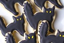 Frights and Delights / Scare up some spooky fun this Halloween with treats and tricks for your favorite goblins and ghouls!