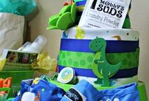 Dinosaur Rawr Baby Shower Ideas / Birthday Party / Ideas, tips, and tutorials for hosting a dinosaur themed party, baby shower, or birthday party.