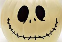 Halloween / Boo! Celebrate Halloween with fun crafts, recipes and party ideas!
