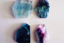 Stones/Crystals/Minerals / Piedras/cristales