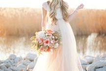 Coral Wedding / Coral Wedding Ideas and Inspiration. From wedding centerpieces, bridesmaid dresses and bridal bouquets to wedding cakes and bridal accessories.