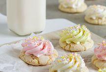 Cookies / by Rini Irawan