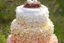 Wedding Cakes / by Sara Monday