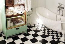 Bathroom / by Andrea Figlewicz