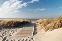 \\\ moodboard | beach \\\ / sky, sand & water