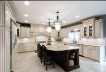 Kitchen Design / Who doesn't love a bright and delightful kitchen?
