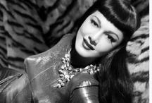 Past  Movie Actresses / by João Roque