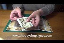 Uitleg filmpjes van Hobbyshop Agnes / Verschillende filmpjes met uitleg van artikelen. Diamondglaze, brads, camee,frames.