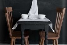 Dwell : Dining / by Ali Reese