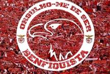 Benfica / Jogadores e treinadores que são ou foram do Benfica. / by João Roque