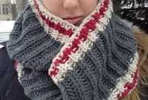 Knitting - Scarves & Cowls / by Julie T.