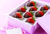 V-Day Recipes / If you are looking to make your sweetheart's Valentine's Day special, browse our collection of recipes for scrumptious Valentine's Day desserts and menu ideas. / by Kraft Recipes