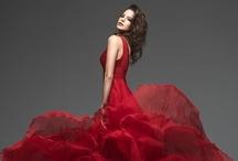 Beautiful Gowns.... / by Lynne Wedeen