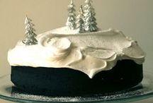 Pretty Cakes / by Monica Baker