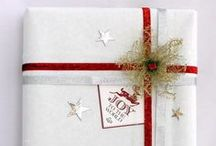 Gift Wrapping Guide / Were our gift tags from Day 4 just not enough to truly make your presents shine? Take your Christmas gift wrapping skills to the next level with this stunning collection of cool and imaginative wrapping ideas!