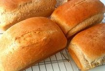 Bread -Deliciouso! / by Missy Varner