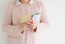▲ Tricot - Crochet #maillenameis / Maille name is, la gamme tricot de Kesi'Art.   Découvrez nos ouvrages tricots réalisés avec nos laines 100% naturelles, nos aiguilles et la gamme d'accessoires fun et amusants les accompagnant !