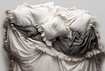 Interiors: Bedrooms / by Simona Balian Ramos