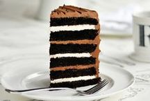 Cake / by Justine Lombardi