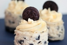 Yummy cakes and cupcakes / by Lauren Groh