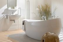 Banheiros | Bathroom / by Evelyn Muller