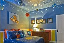 Space Themed Bedroom / Space-themed bedroom ideas for the boys' room.