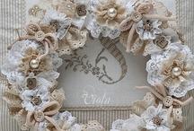Crafty Wreaths / by Antoinette van Kleeff