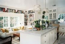 Kitchens / by Shirley Tomas
