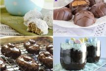 Candida-Diet-Friendly Dessert Recipes / Delicious Recipes for treats that you can eat while following a low-glycemic diet.   / by Adrienne {Whole New Mom}