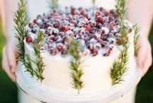 Christmas Cake Inspiration / Determined to decorate my cake this year, this board is to hoard ideas!