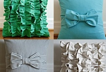 DIY:  Pillows / Lots of cute pillow tutorials to pretty up your place.