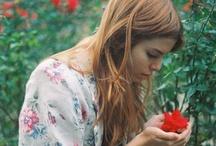 Floral  love / by Lisette Valdivia