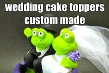 Animal Wedding Cake Toppers / Lions and tigers and bears, oh my! Any species or style of animal or pet can be created in your custom wedding cake topper. Call us at 1 800 231 9814 or email us at magicmud@magicmud.com and we will design a custom wedding cake topper for you!